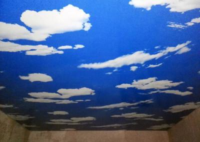 Одноуровневые натяжные-потолки - работа Skyline56 в- Оренбурге