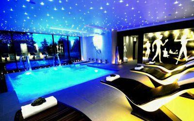 Натяжные потолки в бане, сауне и бассейне