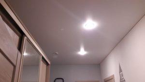 Одноуровневые натяжные потолки — Скай Лайн в Оренбурге (78)